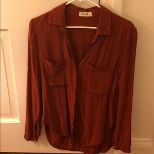 Bella Dahl rust blouse
